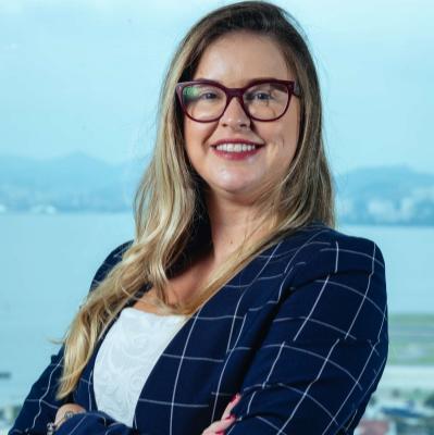 Thaís Pinho - CFO